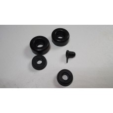 Front wheel cylinder repair kit  (per 2 cylinders)